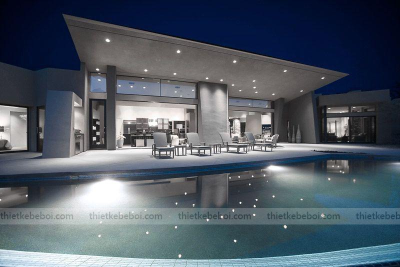 Đánh giá ưu nhược điểm đèn Halogen bể bơi